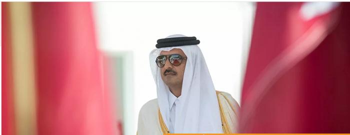 منح أمير قطر إلى سفير إيران مصنوع من الذهب ومرصع بالألماس...