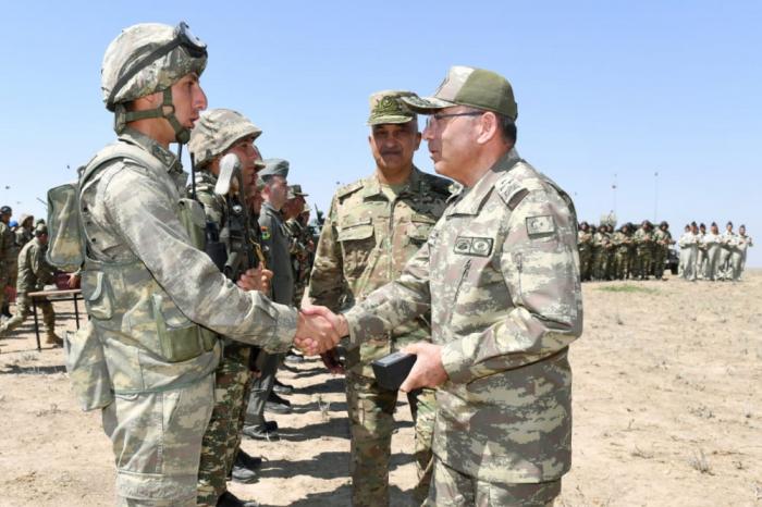 """""""Birgə təlimlər düşmənə göz dağıdır"""" -    Türkiyənin Ordu Komandanı"""