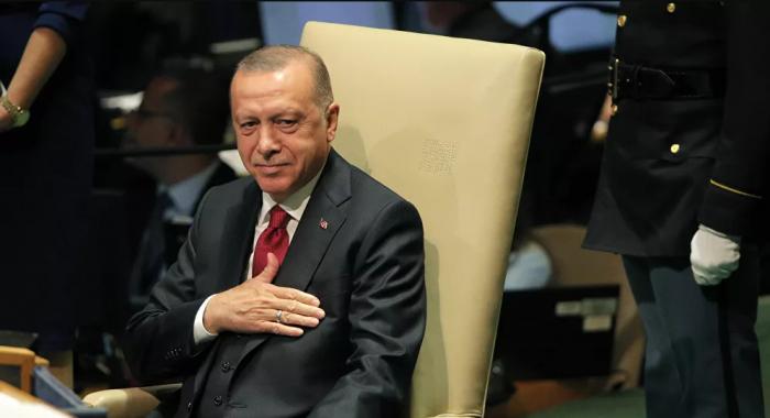 رد فعل مندوب إسرائيل في الأمم المتحدة أثناء كلمة أردوغان