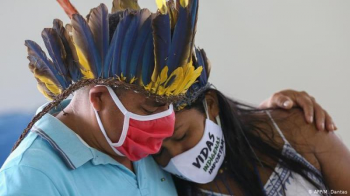 Braziliyada virusdan ölənlərin sayı 729 nəfər artıb