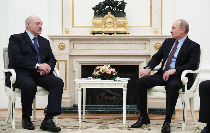 Putin Lukaşenko ilə təkbətək görüşəcək