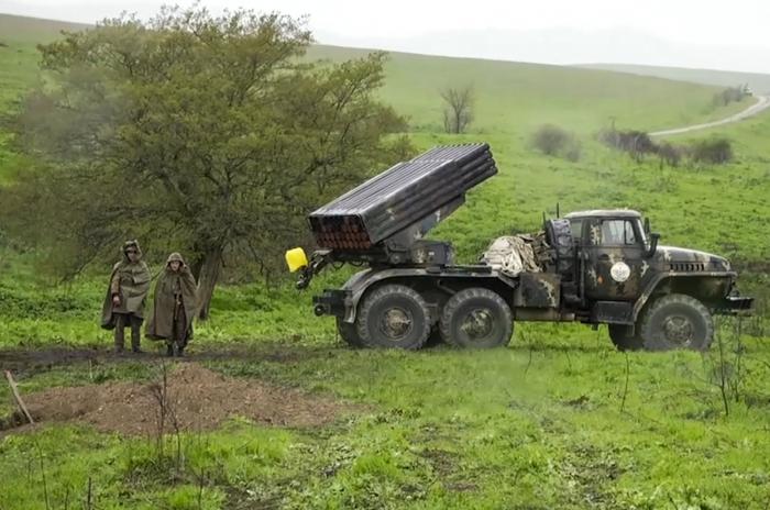 أرمينيا تنقل إرهابيي YPG/PKK إلى المنطقة المحتلة لتدريب المليشيات ضد أذربيجان