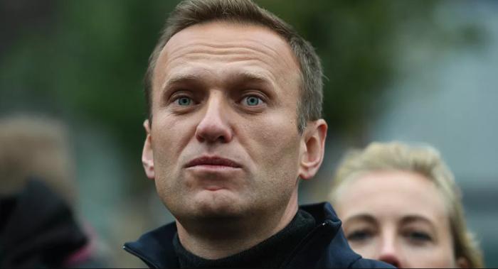 بيسكوف: روسيا تحاول الحصول على بيانات عن نافالني من منظمة حظر الأسلحة الكيميائية