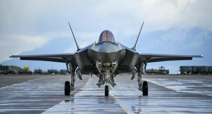"""وكالة: مساع لاتفاق على صفقة بيع مقاتلات """"إف 35"""" للإمارات بحلول ديسمبر"""