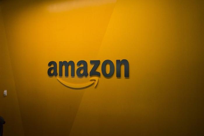 Commerce:   100.000 emplois supplémentaires pour Amazon aux USA et au Canada