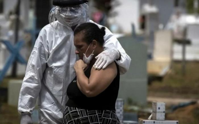 Braziliyada bir gündə 363 nəfər virusdan öldü