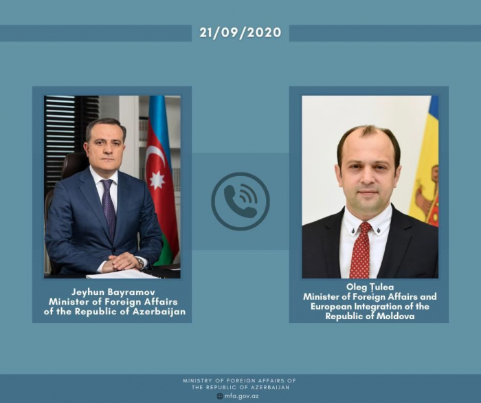 Azerbaijani, Moldovan FMs discuss issues on bilateral co-op agenda