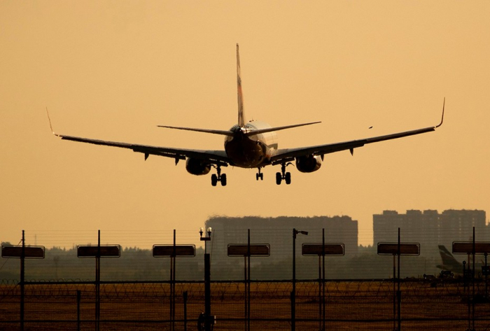 Rusiya daha 4 ölkə ilə uçuşları bərpa edir