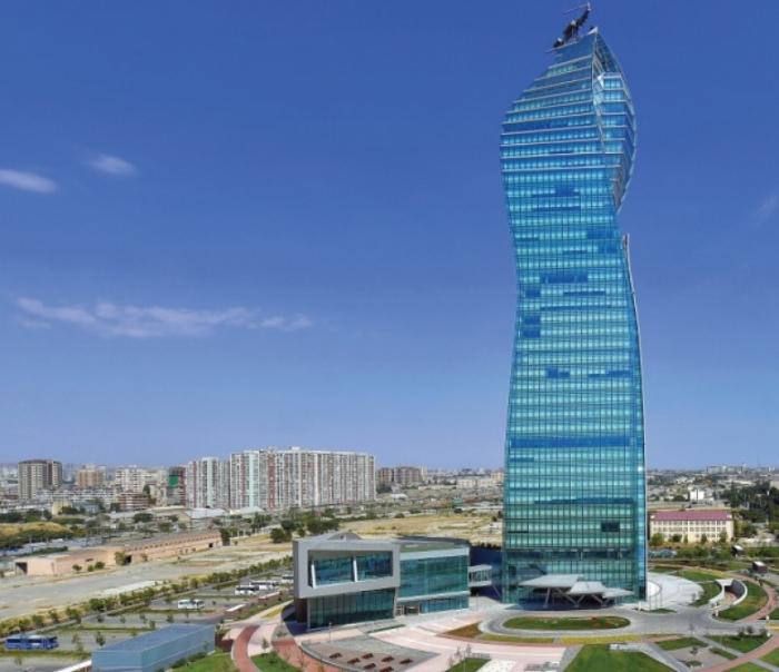 Azerbaiyán y Kazajstán discuten la cooperación en materia de petróleo y gas