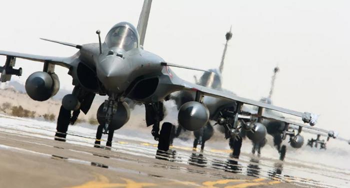 """اليونان تعزز قدراتها العسكرية بشراء 18 طائرة """"رافال"""""""