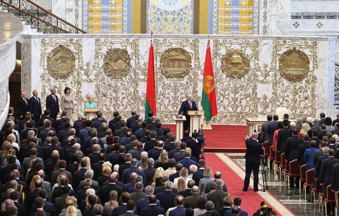 Çin Belarus xalqının seçiminə hörmət edir