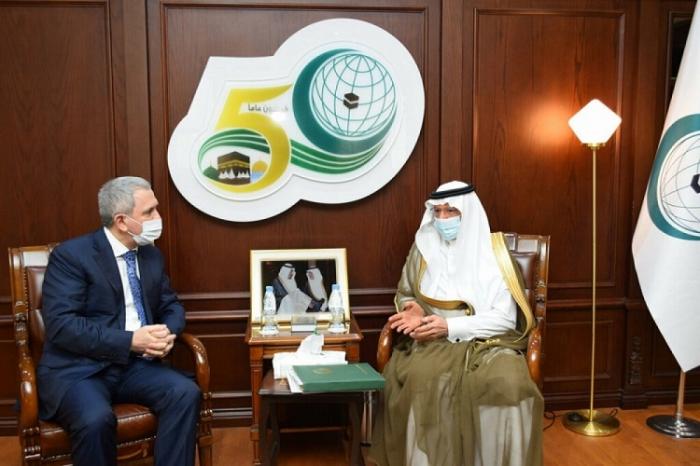 OIC, Azerbaijan discuss fostering mutual cooperation