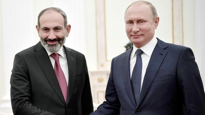 Putin and Armenia PM discuss Nagorno-Karabakh clashes