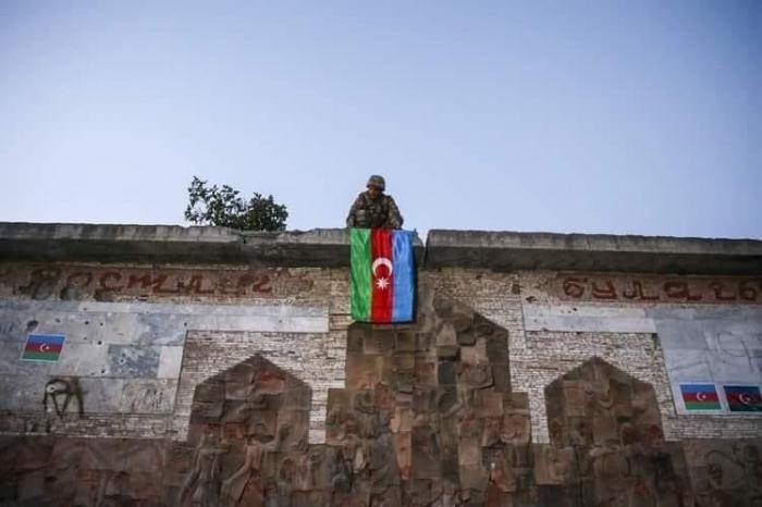 Des journalistes azerbaïdjanais visitent les territoires libérés de l