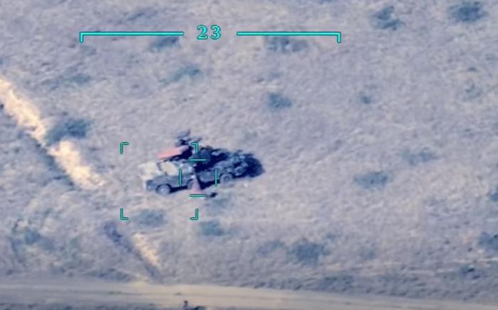 Mehrere weitere feindliche Militärfahrzeuge zerstört -  VIDEO