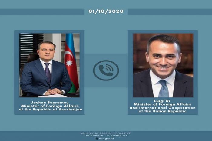 Jeyhun Bayramov hatte ein Telefongespräch mit dem italienischen Minister