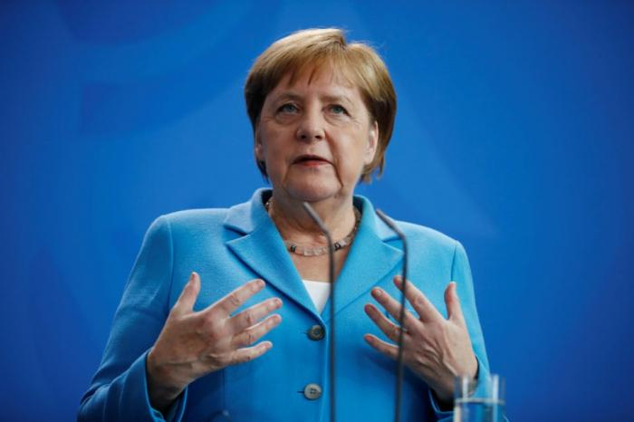 Germany's Merkel calls for peaceful solution to Karabakh conflict