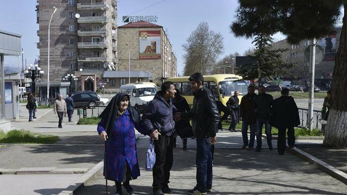 Khankendi evacuated, Armenians flee to Yerevan