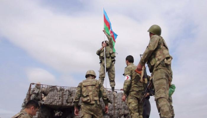 Azerbaijani flag hoisted at unit where Mubariz Ibrahimov eliminated Armenian soldiers -  VIDEO