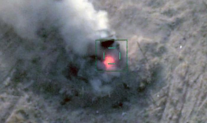 Un lance-roquette multiple BM-21 Grad de l