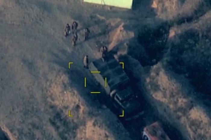 Azerbaijani Army destroys Armenia