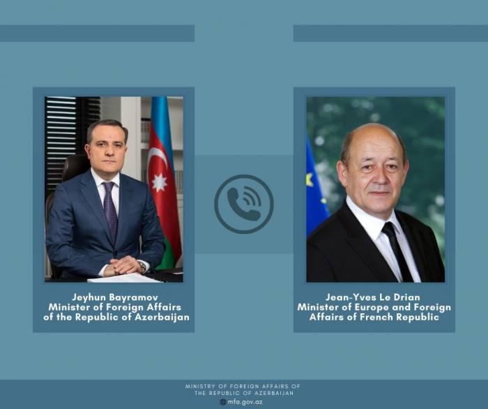 Djeyhoun Baïramov discute du conflit du Karabagh avec son homologue français