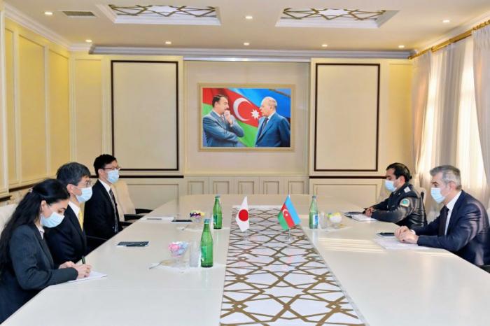 Vusal Huseynov traf sich mit dem japanischen Botschafter