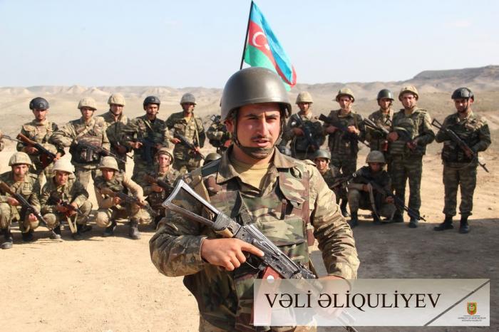 Soldaten, die für die Befreiung der besetzten Gebiete Aserbaidschans kämpfen -   FOTOS