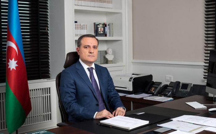 Aserbaidschanischer Außenminister fährt nach Moskau