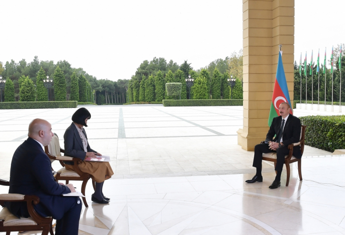 Präsident Ilham Aliyev gibt der japanischen Zeitung Nikkei einInterview - VIDEO