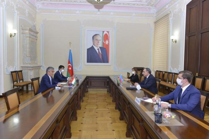 Tadschikistan bekräftigt seine Unterstützung für die territoriale Integrität Aserbaidschans