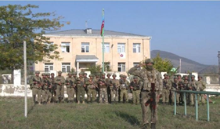 Das Gebäude, in dem unsere Flagge in Zangilan gehisst wurde, wurde 1991 gebaut  - VIDEO