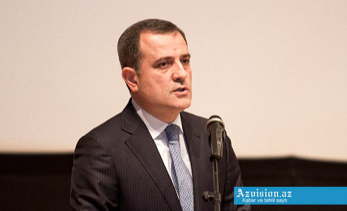 Azerbaijani FM discusses Karabakh issue with OSC MG co-chairs