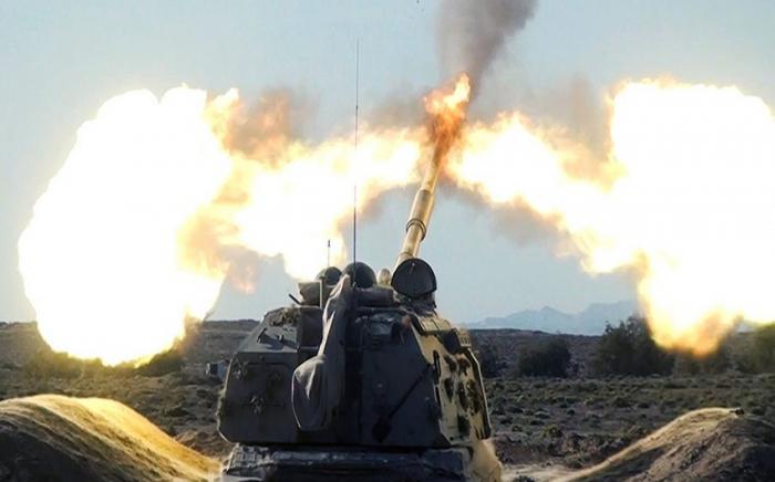 Der Feind schießt auf unser Territorium in Richtung Goranboy-Naftalan