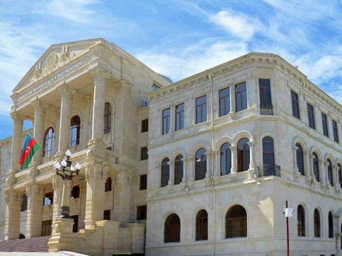 Fiscalía General de Azerbaiyán advierte a usuarios de redes sociales