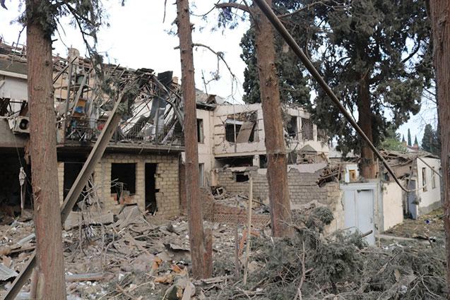 Armenian terror destroys more than 2000 houses in Azerbaijan since September 27 -   STATISTICS