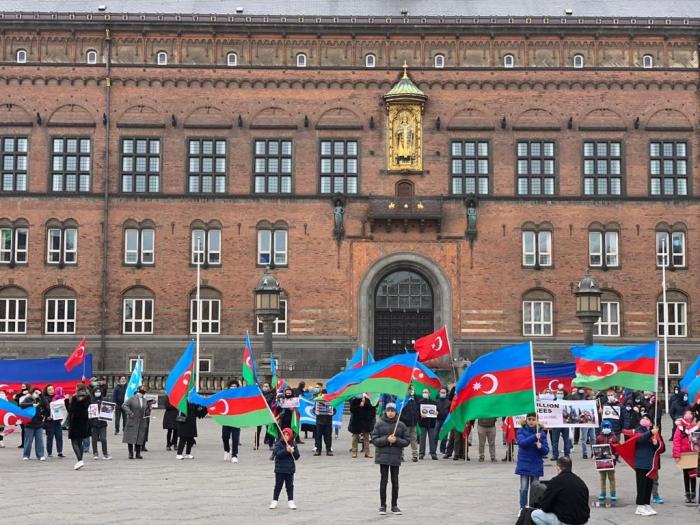 Azerbaijanis in Denmark hold protest against Armenian terror