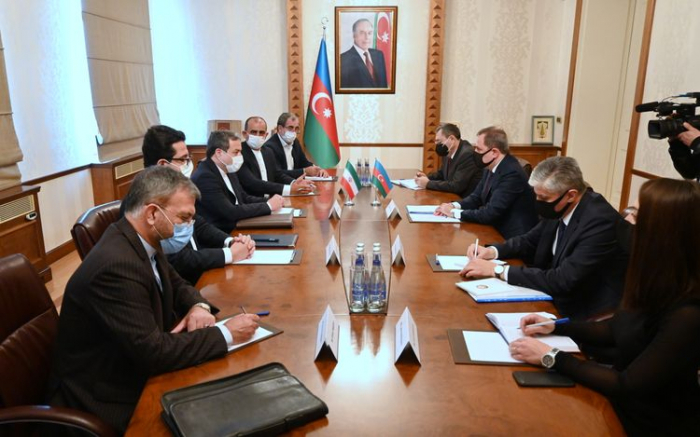 Azerbaijani FM, Iranian president's special envoy discuss Karabakh conflict