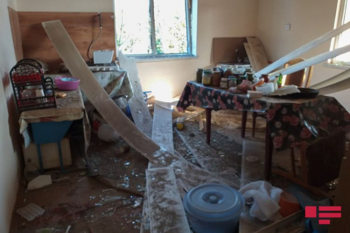 Houses in Azerbaijan's Aghdam come under Armenian missile attack –   PHOTO