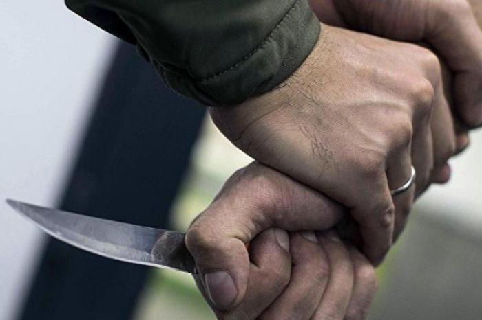 Şabran sakini həmyerlisini bıçaqladı