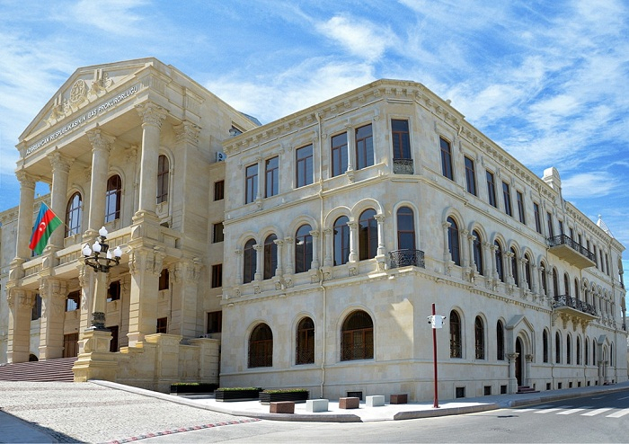 Ermənilər Goranboyda polis binası və məktəbi vurdu