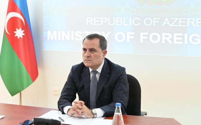 Jeyhun Bayramov se reunirá con Pompeo