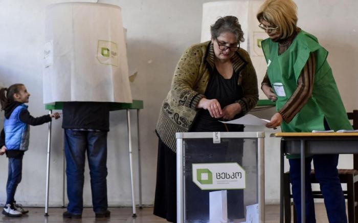 Gürcüstanda parlament seçkiləri keçirilir