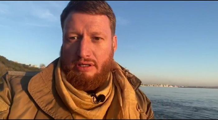 El fundador de WarGonzo, Semyon Pegov,     huye de Karabaj