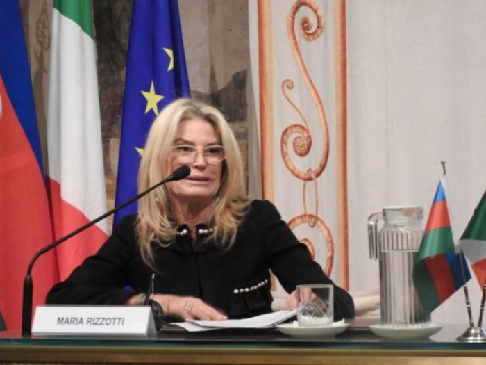 İtalyan senator Ermənistanın soyqırım və müharibə cinayətlərini pislədi