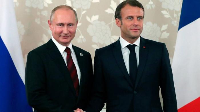 Macron bespricht die Situation in Karabach mit Putin