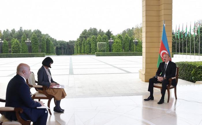 """إلهام علييف يجري المقابلة مع صحيفة """"نيكي"""" اليابانية"""