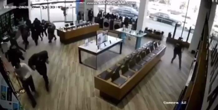 Bərdənin raketlə vurulma anı -   VİDEO