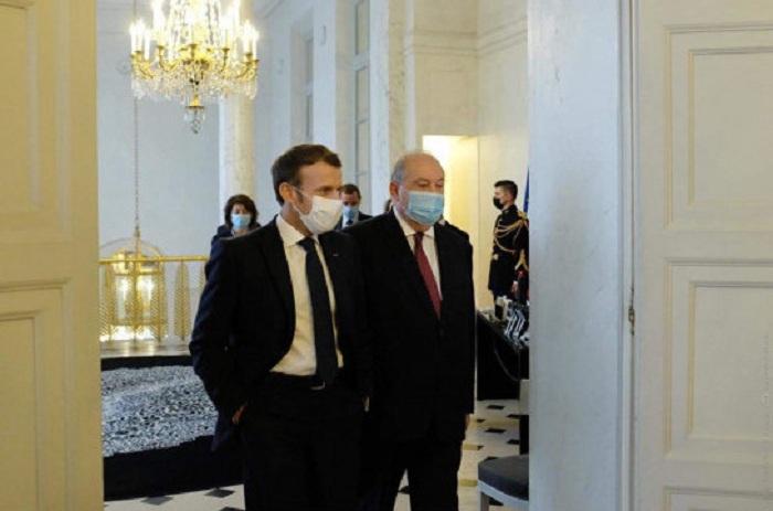 Sargisyan bespricht Karabach mit Macron