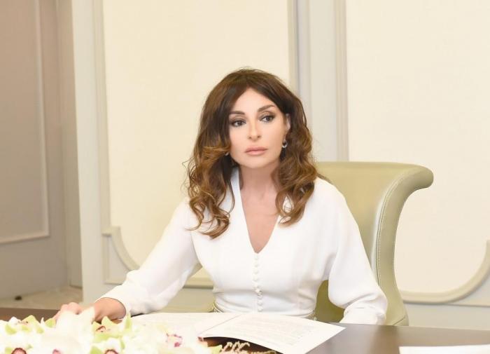 Mehriban Əliyeva Bərdədə həlak olanların yaxınlarına başsağlığı verdi
